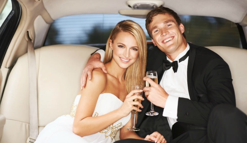 Edmonton Wedding LImo Couple